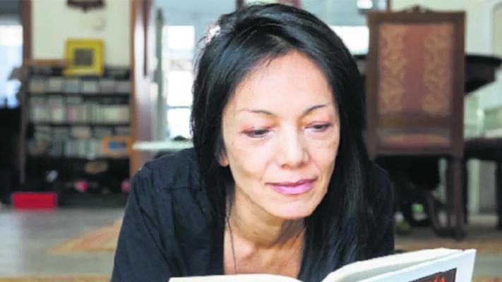 Alejandra Kamiya, las Personas y las Cosas