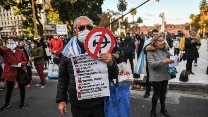 La Derecha y la Antipolítica